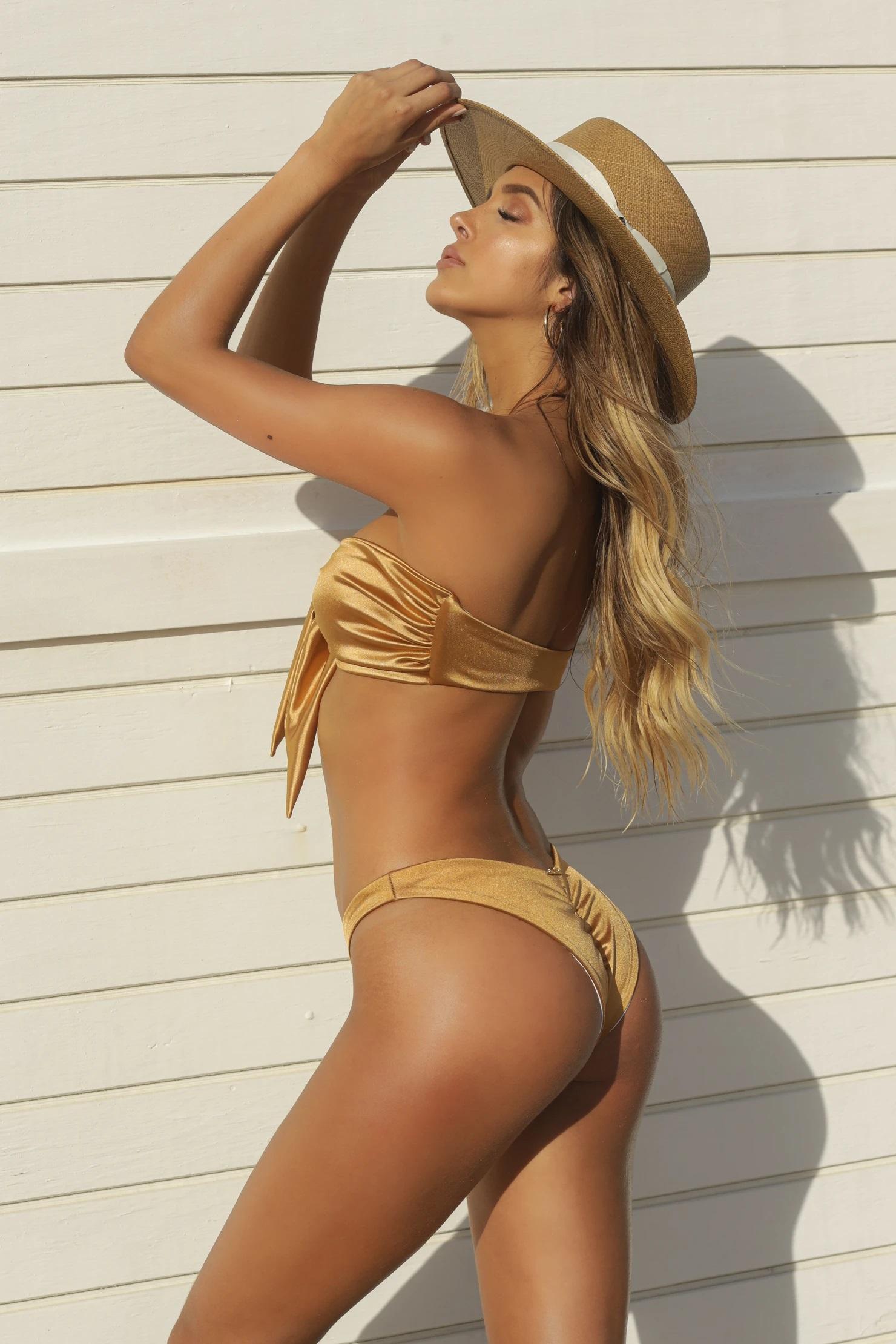 Almamia Shiny Gouden Bandeau Bikini